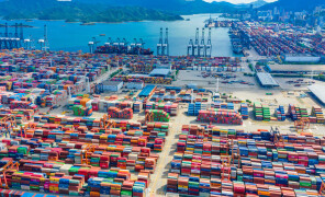 Covid restrictions in South China – new disaster for container shipping